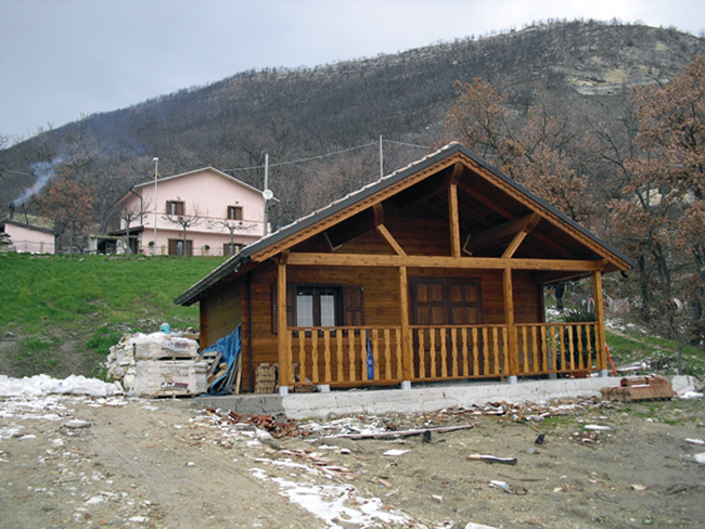 Prefabricated wooden houses in abruzzo central italy for Case legno austria